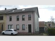 Renditeobjekt / Mehrfamilienhaus zum Kauf 9 Zimmer in Beckingen - Ref. 4440576