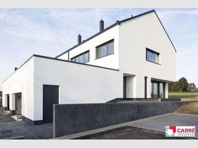 Maison jumelée à vendre 4 Chambres à Kehlen - Réf. 2540321