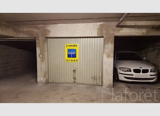 Vente garage parking la roche sur yon vend e r f for Garage skoda la roche sur yon