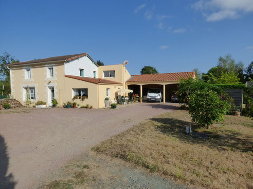 Vente maison 4 pi ces chantonnay vend e r f 4757542 for Maison de l emploi chantonnay