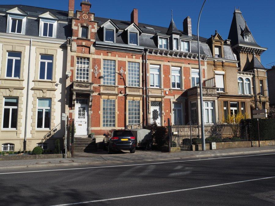 Maison de ma tre vendre 5 chambres luxembourg centre for Piscine luxembourg ville
