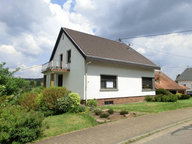 Haus zum Kauf 7 Zimmer in Weiskirchen - Ref. 4532926