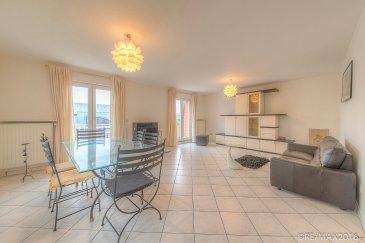 Anna FERREIRA, RE/MAX Partners, spécialiste de l'immobilier à Dudelange, vous propose à la location ce bel appartement meublé, situé proche des commerces et à 5 minutes à pied de la station de train Dudelange-Burange.  Ce bel appartement très lumineux et spacieux se loue meublé et se compose comme suit:  - un hall d'entrée - une cuisine équipée d'environ 6m2 - un salon/salle à manger d'environ 30m2 avec deux portes-fenêtres donnant accès sur le balcon - un balcon d'environ 7m2 faisant la longueur du salon/salle à manger - une chambre avec une armoire intégrée et un petit dressing séparé - une salle de douche avec WC d'environ 5m2 tout en longueur et disposant de lumière naturelle  Une cave/buanderie ainsi qu'un garage viennent compléter cette location.  Cet appartement très tranquille se situe au 3ème et dernier étage (sans ascenseur)  Disponibilité immédiate!  N'hésitez pas à contacter Mme Anna Ferreira au +352 621 613 673 ou à travers la page facebook: Anna Ferreira RE/MAX Partners pour des informations complémentaires ou une visite! Merci!