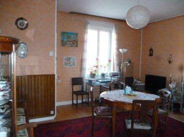 ---------------------- TEL 06.150.144.36 ----------------<br>A 30 KM FRONTIERE LUX : 55 000 euros FAI<br>Maison entièrement rénovée et en parfait état comprenant salon, cuisine, 2 chambres,  sdb et à l\'arrière jardin.  DPE E  <br />Ref agence :2283806