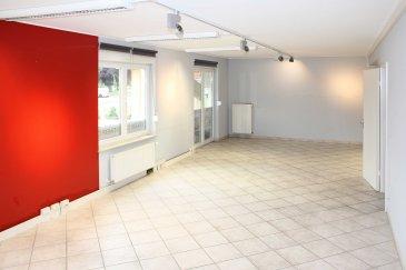 Gewerbefläche 80 m² direkter Moselblick  Achtung:  - ausschließlich zur gewerblichen Nutzung -                   - exclusivement pour un usage commercial -  Extras: Duschbad               Gewerbebeleuchtung              Serverkasten mit Anschlüssen