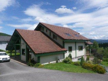 Proche Remiremont (2 kms)  Vue imprenable - Plein Sud  Maison ossature bois de 200 m²  Terrain de 3 000 m² avec pièce d'eau