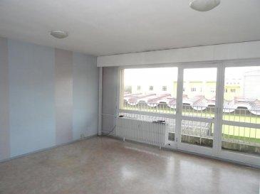 ----------TEL  06.89.42.65.79-----------<br>METZ : 84 900 € FAI<br>Proche du Jean XXIII ,dans immeuble avec ascenseur, appartement de type F4 d'env 80 m² comprenant cuisine, séjour, 2 chambres, salle de bains, wc, balcon, possibilité place de parking  DPE en cours A rafraichir <br />Ref agence :2284084