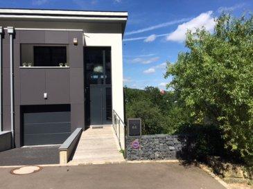 Ce studio est situé au 1er étage à l'avant de la résidence