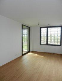 ** Première location **  au Belval-Nord (résidentiel)<br>Très bel appartment 2 chambres à coucher avec grande Loggia plein Sud au 2ème étage arrière d'une nouvelle résidence situé dans le nouveau quartier résidentiel Belval-Nord (rue Waassertrap).<br><br>Grand Séjour donnant sur cuisine équipée (32,50 m²) accès loggia plein sud (7.20)<br>-   Hall de nuit donnant sur :<br>-   2 Chambres à coucher 19,05 m² et 14,14 m²<br>-   1 Salle de bains avec baignoire <br>-   1 SDD avec douche à l'italienne <br>-   1 WC séparé  <br>-   1 Buanderie commune,  Local vélo , poussettes. <br>-    2 Parking intérieurs privatifs, <br>  -  1 Cave privative <br>- Appartement sera entièrement équipé en luminaires<br>- Stores-lamelles électrique extérieur (occultant et tamisant) dans tout l'appartement<br><br>** Disponible de suite ou à convenir **<br><br>Idéallement situé car proche de toutes commodités: Site Belval, Uni Lux, Gare Belval-Université, Lycée Belval se trouvent à 10 min à pieds.<br>*Pour les promenades le Parc Belval se trouve derrière l'immeuble*<br><br>Detail de location:<br>=============<br>Loyer:    1.450 €<br>Charges:   190 €<br>Garantie locative: 2.900 € (2 mois de loyer)<br>Frais d'agence:    1.696 € (1 mois de loyer +17% Tva)<br><br><br />Ref agence :1722512