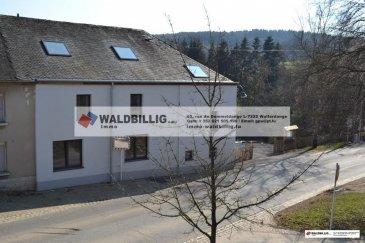 Nous vous proposons un bureau  ,dans nouveau  centre d'affaires très basse énergie, idéalement situé à proximité de la frontière Belge.<br><br>Ce nouveau bâtiment offre un cadre soigné et modernisé, fonctionnel et parfaitement entretenu.<br><br>Connexion réseau<br><br>Une salle de bain commune, WC homme et dame <br><br>Une cuisine commune<br><br>Cadre agréable avec Jardin<br><br>Parkings <br><br>Possibilité de nettoyage du bureau :<br>- 1 x / mois : 20 €<br> - 2 x / mois : 30 €<br>Conditions:<br>Garantie bancaire de 3 mois           <br>Frais d'agence (loyer+17%tva)     <br />Ref agence :gw-979908