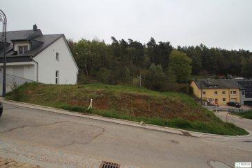 À Vendre Terrain à bâtir.  Nouveau lotissement à Hobscheid  Surface : 3.99 ares | Terrain pour Maison Isolée, libre de 4 cotés  --- SANS CONTRAT DE CONSTRUCTION ---