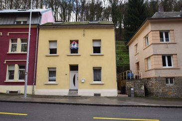 RE/MAX SELECT spécialiste de l'immobilier sur Neudorf vous propose à la vente cette Maison de 4 chambres, située dans le Quartier de Neudorf et disposant d'environ 140m2 répartie sur 3 niveaux,   Descriptif:  Cave local a chaudière  RDC: Salon Salle a Manger  Cuisine avec accès ver l'extérieur Salle de bain WC séparé  1er Etage   2 chambres  1 Bureau  2ème Etage  2 chambres  1 pièce pouvant servir de dressing ou y faire une salle de bain