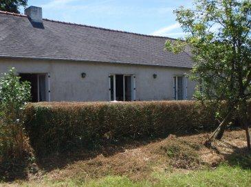 MOUAIS 44590 - A LOUER MAISON MEUBLEE, PERIODE SCOLAIRE -  LOYER : 420 euros HC. MOUAIS - PROCHE DERVAL A louer maison meublée pour étudiants (colocation possible),  période scolaire de Septembre à Juin. Elle comprend une cuisine aménagée, 1 salon séjour, 1 chambre de plain-pied, 1 salle de bains, 1 wc. Etage 1 chambre. Terrain de 1000 m² environ.<br>REF : 3782<br>Libre au 1er Septembre 2016.<br>LOYER MENSUEL : 420 euros taxe d'habitation incluse<br>Dépôt de garantie : 420 euros<br>Honoraires d'agence : 357,50 euros<br>DPE :  vierge<br>Contactez Jacqueline EXPERT 0615262694 ou 0240553968<br>www.igor-immobilier.com<br>
