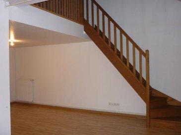 ------------   TEL  06.21.75.88.18--------------<br>JARNY :<br>proche toutes commodités, appartement en duplex de type F2 de 70 m² comprenant chambre en mezzanine, coin cuisine, séjour, salle de bains, wc chauffage gaz  DPE E <br>LOYER 450 euros  + CH 20 euros    DG  450 euros<br><br><br />Ref agence :2284095
