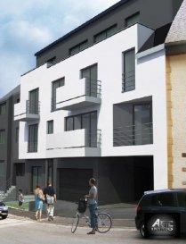 « Résidence AMARO » en FUTURE CONSTRUCTION à DIFFERDANGE CENTRE, se trouvant à proximité de la Commune et de toutes les commodités (écoles, commerces, bus,..)<br><br>AFIL IMMO vous propose à la vente un programme résidentielle composé de 8 unités de haut standing disposant de studio, appartements de 1, 2 et 3 chambres à coucher avec emplacement.<br><br>La Résidence AMARO a été conçue pour vous garantir un confort optimal et des espaces de vie de qualité. Ce programme à l'architecture sobre et à la fois contemporaine offre des prestations de haut standing et cela dans le plus grand respect de l'environnement. Vous serez également séduits par son emplacement qui niché en hauteur vous ravira grâce à une vue remarquable sur la ville.<br><br>Cette future construction de qualité sera réalisée selon les normes de la classe de performance énergétique C-C, ainsi dotée d&lsquo;équipements et installations les plus modernes : <br>- Chaudière à gaz à condensation,<br>- Portes-fenêtres et fenêtre PVC avec coupure thermique et triple vitrage,<br>- Volets roulants motorisés,<br>- Chauffage au sol,<br>- Etc<br><br>La durée des travaux de construction de cette future résidence sera d&lsquo;environ 22 mois.<br><br>Consultez sans plus tarder tous les appartements que nous vous proposons à la vente dans cette résidence.<br><br>Pour plus de renseignements sur le projet, n&lsquo;hésitez pas à nous contacter au 54 02 44 et demandez Madame Martins.<br><br />Ref agence :2242492