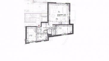 Situé dans une résidence en construction, cet appartement (2017) situe au rez de chaussée et de haut standing dans un immeuble de 24 résidences offre une vue dégagée sur le chemin de fer. L'appartement comprend un séjour avec cuisine ouverte ± 38m2, 2 chambres ± 13m2, un hall d'entrée ± 10m2, une salle de douche ± 6m2, un wc séparé et un débarras ±2m2.  La Buanderie commune fait partie de l'offre.  L'appartement est orienté Sud - Est et a une vue unique sur la voie ferrée. Les trains entrant et sortant de la Gare sont obligés de rouler à du 30 km par heure et font donc pas de bruit.  L'appartement est situé Rue Mühlenweg à Hollerich  Remarques générales :  · Situation privilégiée, au calme ; accès aisé à pieds vers la Gare et autres transports en commun.  · Emplacement de parking en sous-sol non inclus dans le prix de vente. (+27.000€)  · La cuisine peut être installée (voir avec le promoteur)  · Classe énergétique « B-B ».