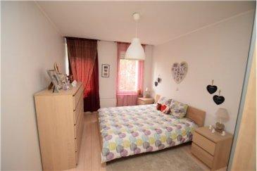 RE/MAX SELECT, Spécialiste de l'immobilier à Oberkorn, vous propose à la vente ce bel appartement de deux chambres. Idéalement situé, ce bel appartement est idéal pour une première acquisition. Il se compose de deux chambres, d'un living, d'une cuisine ouverte, d'une salle de bain et d'un wc séparé.  N.B. Les meubles peuvent être achetés avec l'appartement mais le prix n'est pas inclus dans la valeur de l'appartement.