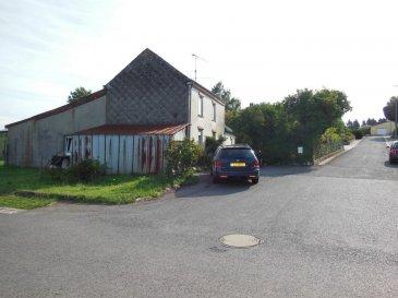 Maison à renover à vendre à Troine-Route sur un beau terrain de +/- 12 ares. La maison a une surface habitable de +/- 100 mètres carrés,  Ref agence :ICL 861383