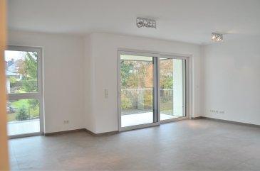 Isma BAUER RE/MAX Partners, spécialiste de l'immobilier a Mamer vous propose à la location cet sublime appartement de 2016 avec une chambre sur une superficie de 61m2. Cet appartement se compose d'une cuisine ouverte sur le salon lui même donnant sur une terrasse de 7m² vue dégagée, d'un WC séparé et d'une salle de douche. S'ajoute à ceci un parking intérieur et une cave privative. convient parfaitement a un jeune couple. Disponibilité à partir du 01 janvier 2017. N'hésitez pas à nous contacter.  isma.bauer@remax.lu 621 813 784