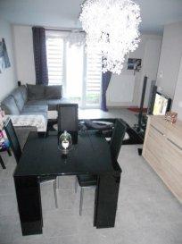 Laneuveville Appartement en RDC. Laneuveville Appartement de type F2 en RDC offrant entrée, salon séjour, cuisine équipée, salle de bain, wc, 1 chambre, cave, terrasse 30m².