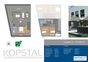 Duplex  d'une surface de 127,26m2, avec une terrasse de 50,64m2, offrant 3 chambres, 1 salle de bain et 1 salle de douche se composant comme suit:<br><br>Prix 616.666,- TVA à 3% (sous acceptation de l'Administration de L'enregistrement)<br><br>1er étage<br>Hall d'entrée          13,11 m2<br>SDB                            8,18 m2<br>Chambre                 15,36 m2  <br>Chambre                 11,17 m2<br>Dressing                    1,62 m2<br>Bureau                       5,88 m2<br><br>2e étage<br>Living/Cuisine          46,58 m2<br>SDB                              5,78 m2<br>Chambre                   17,30 m2<br>Terrasse                    50,64 m2<br><br>Au sous-sol, chaque duplex sera pourvu d'une cave indépendante, d'un espace vélo et poussette commun et pourra bénéficier d'un emplacement de stationnement ouvert ou d'un garage fermé avec <br>Ce programme aux finitions exceptionnelles et aux matériaux choisis avec soin, respecte une démarche environnementale très ambitieuse dont tous les logements seront certifiés de classe énergétique A-A-A.<br><br>Acheter du neuf c'est avoir la garantie et la tranquillité pour des années.<br>Acheter directement au promoteur, c'est avoir des informations claires et la garantie du meilleur prix. Plans et un cahier des charges sur demande à l'agence Immo Casa.<br><br>Nous sommes aussi disponibles pour les visites le samedi selon la disponibilité des propriétaires.<br>Pour de plus amples renseignements, veuillez contacter notre Agence.<br>Pour d'autres annonces non présentés sur ce site, visitez www.immocasa.lu<br><br>Nous recherchons en permanence pour la vente et pour la location des appartements, maisons, terrains à bâtir et projets autorisés pour clientèle existante. Achat éventuel par notre société.<br>N'hésitez pas à nous contacter si vous avez un bien ou plusieurs pour la vente.<br>Nos estimations sont gratuites.<br><br />Ref agence :TC1906006