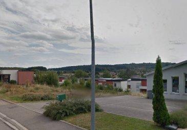 EPINAL ZONE COMMERCIALE  Terrain de 1500 m² divisible en 2 lots pour cellule commerciale,  Bon emplacement   1500m² :122 000€ ou la moitié soit 750m² pour 61 000€