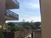 Dans une zone très peu passante, appartement de 50m2 habitables, avec une splendide vue sur la verdure à Bereldange.  Lumineux et bien arrangé au niveau d'espace, il se compose de :  - hall entrée avec espace placard;  - living de +/- 28-30m2; - cuisine équipée fermée; - chambre à coucher de environ 12m2 avec sortie sur un joli balcon; - salle de bain avec toilette; - cave.  Détails : double vitrage - carrelage et moquette au sol - chauffage électrique.  Frais mensuelles, sans internet : +/- 150 Euros selon la consommation.  Stationnement voiture à coté de la résidence.  Idéal comme première acquisition ou investissement.  Pour tous les renseignements supplémentaires veuillez vous adresser à l'agence.