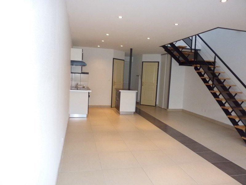 louer loft 3 pièces 90 m² denain photo 2