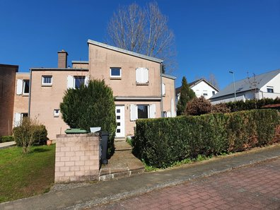 House for sale 4 bedrooms in Mamer - Ref. 7145216