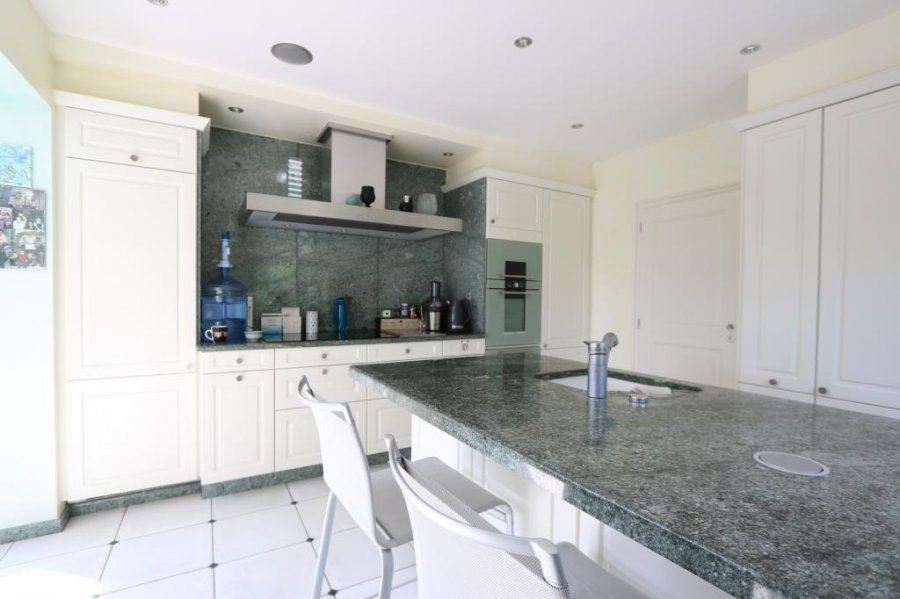 villa for buy 6 bedrooms 313.5 m² troisvierges photo 4