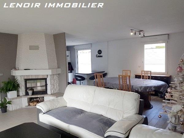 Maison à louer F5 à Montois-la-montagne
