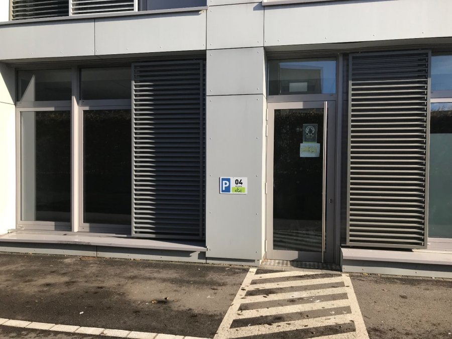 louer local commercial 0 chambre 140 m² windhof (koerich) photo 3