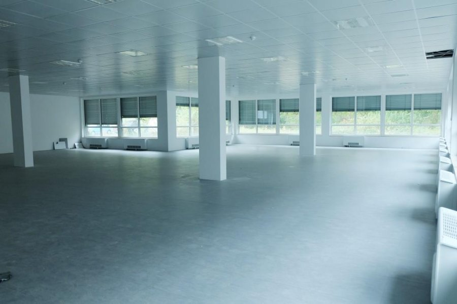 louer bureau 0 chambre 380 m² luxembourg photo 2