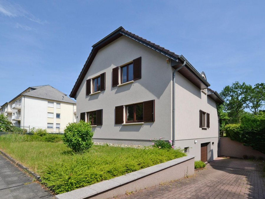 louer maison 4 chambres 184 m² luxembourg photo 1