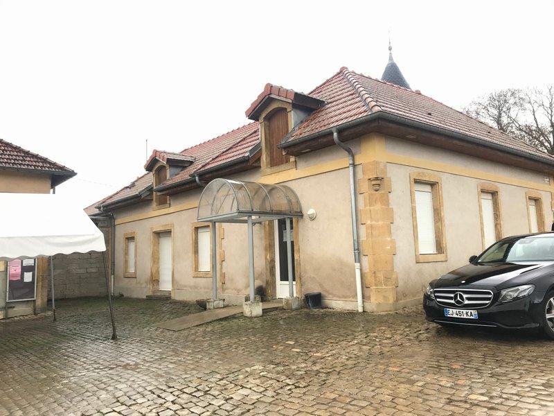 louer bureau 7 pièces 104 m² verny photo 7