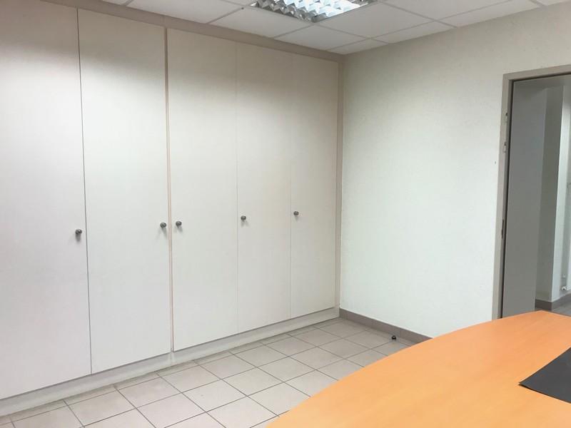 louer bureau 7 pièces 104 m² verny photo 5