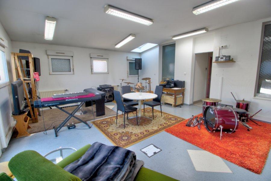 louer bureau 5 pièces 80 m² briey photo 3