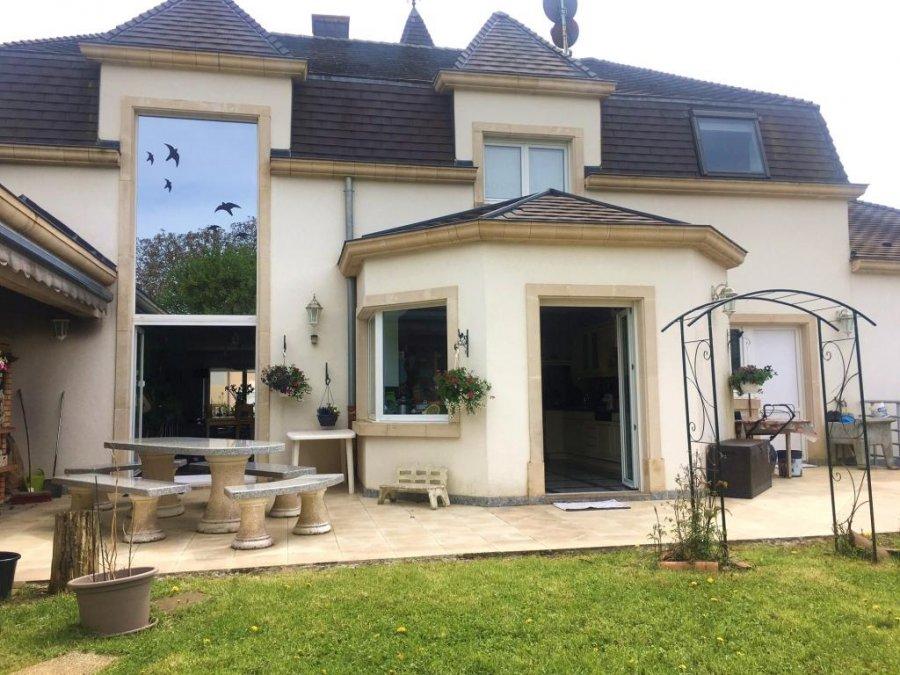 Villa à vendre 6 chambres à Aumetz