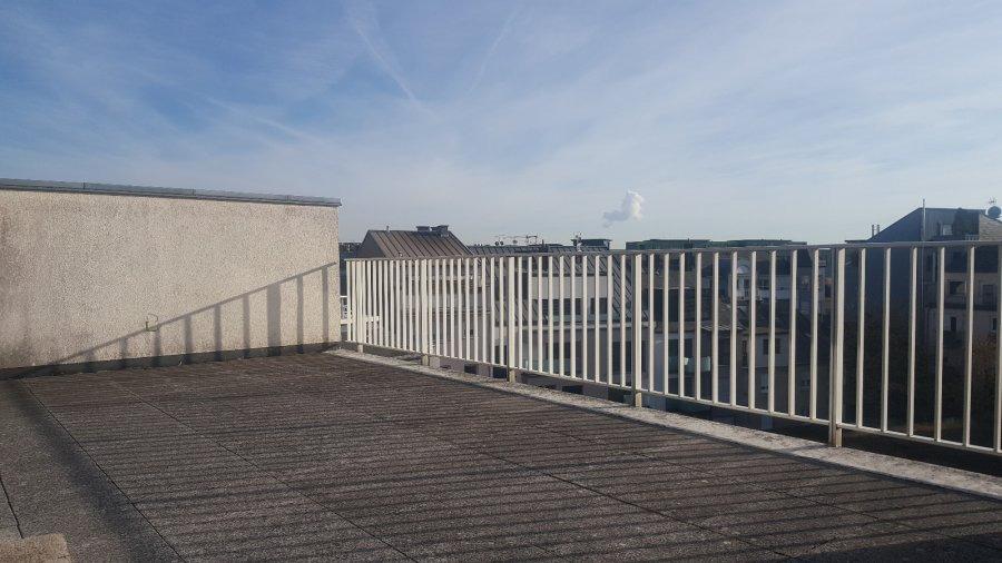 Penthouse à louer 3 chambres à Luxembourg-Limpertsberg
