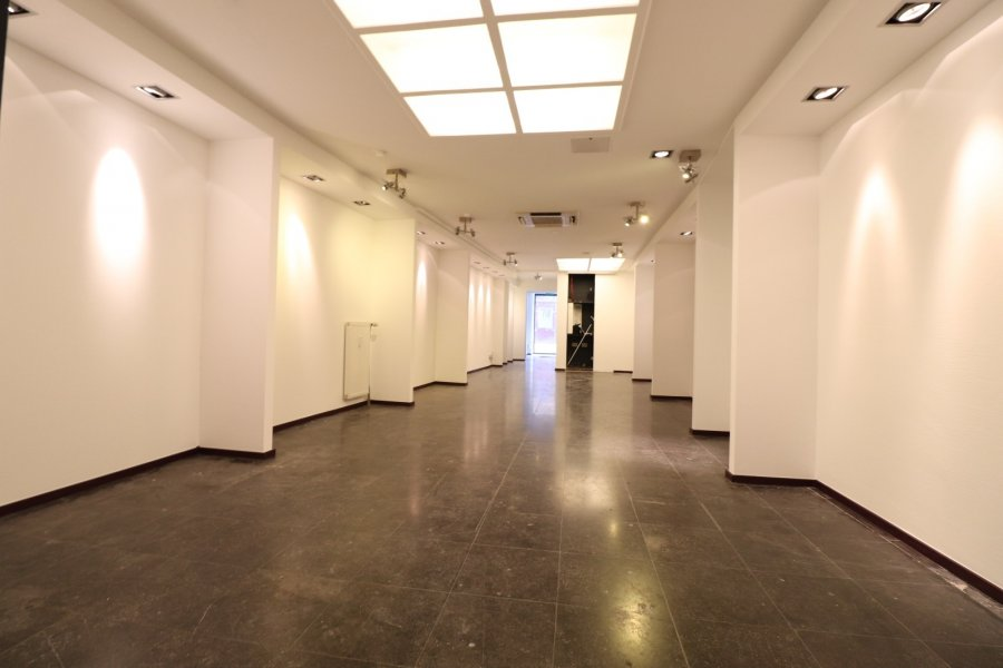 louer local commercial 0 chambre 90 m² luxembourg photo 2