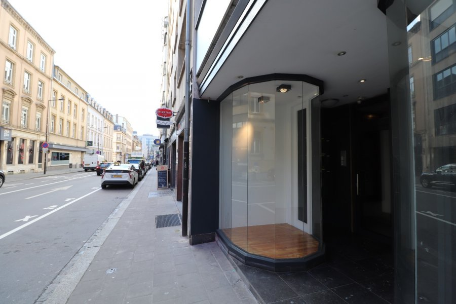 louer local commercial 0 chambre 90 m² luxembourg photo 5