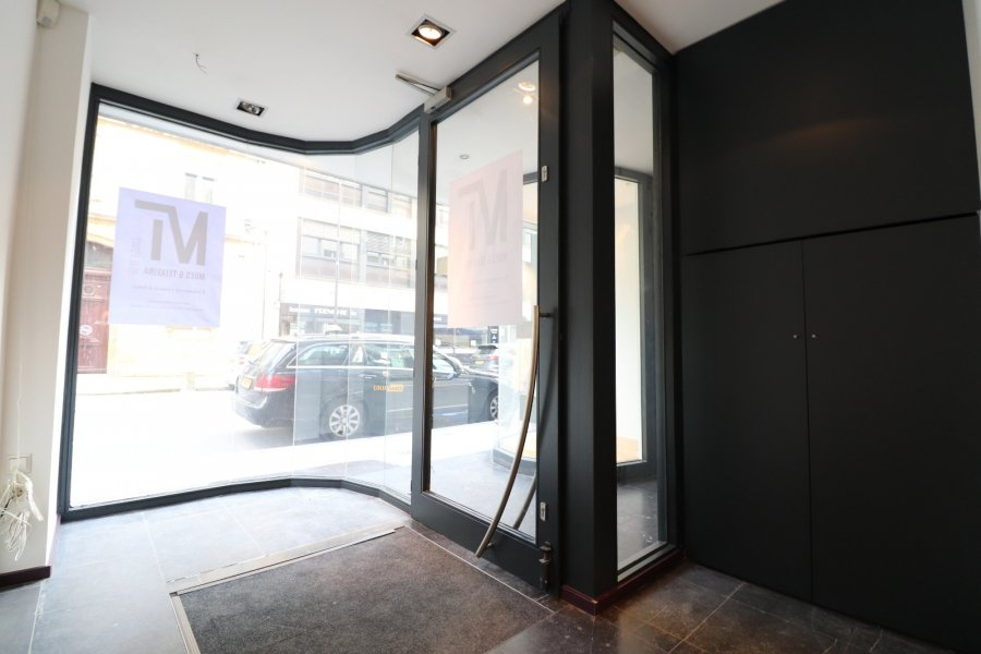 louer local commercial 0 chambre 90 m² luxembourg photo 7