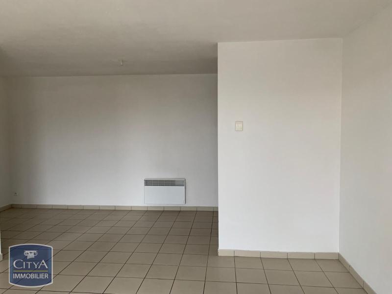 louer appartement 2 pièces 54 m² folschviller photo 1