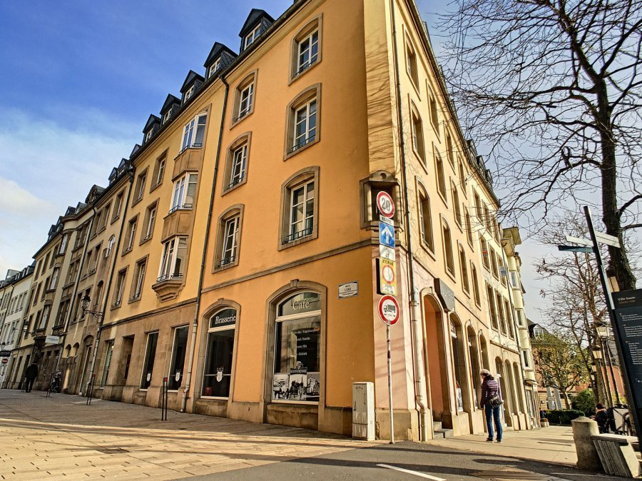 louer bureau 0 chambre 105 m² luxembourg photo 1