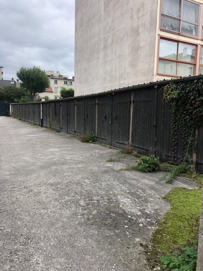 Garage - Parking à louer à Nancy
