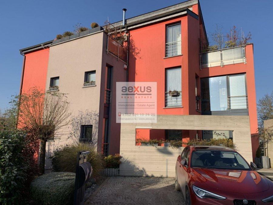 Maison jumelée à vendre 5 chambres à Leudelange