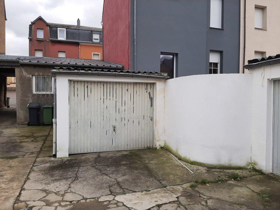 Garage fermé à louer à Pétange