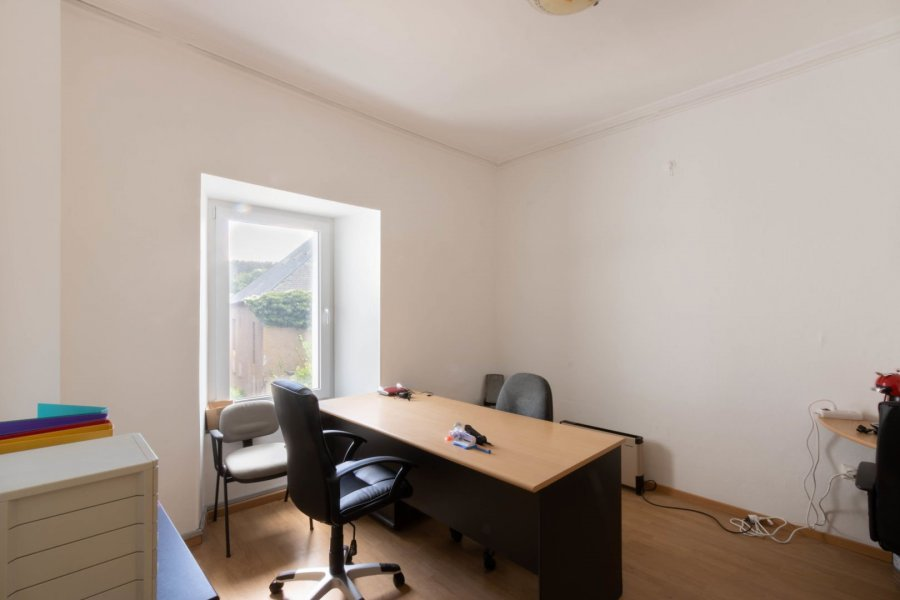 office for rent 0 bedroom 15 m² troisvierges photo 1
