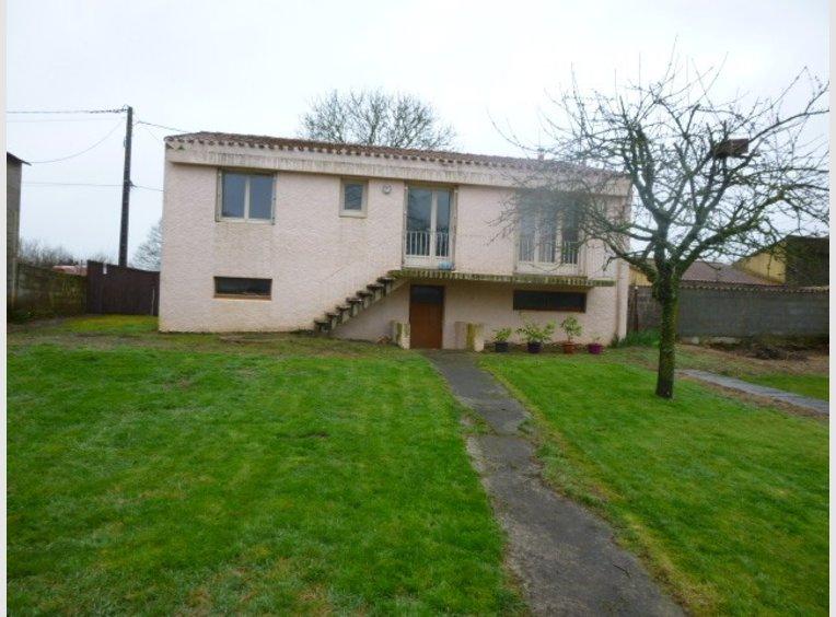 Vente maison 5 pi ces chantonnay vend e r f 5629056 for Maison de l emploi chantonnay