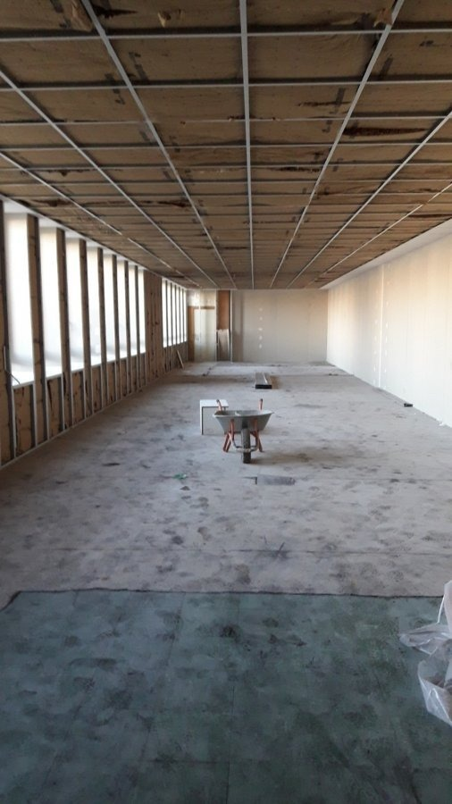 louer bureau 0 pièce 140 m² woippy photo 4